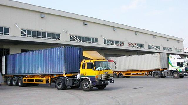 锦蔚物流海陆空铁路四种运输方式,满足客户需求!